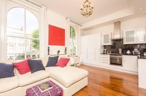 Leamington Rd Villas, London W11, UK - Source: Foxtons