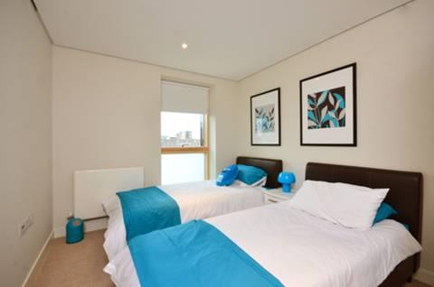 <b>Second Bedroom</b><span class='dims'> 11' x 9' (3.35 x 2.74m)</span>