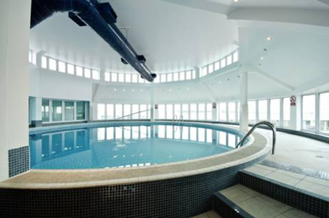 <b>Communal Swimming Pool</b><span class='dims'></span>