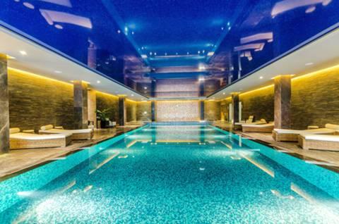 Communal Swimming Pool in W6