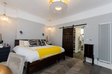 Master Bedroom in SW2