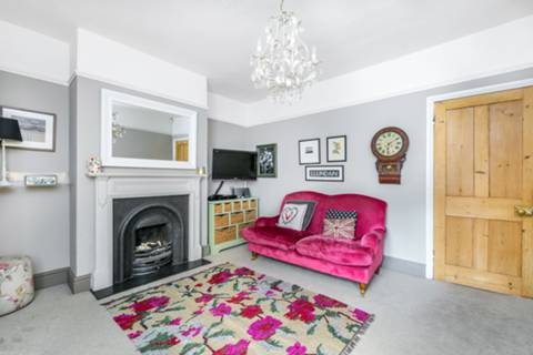 Family Room in TW2