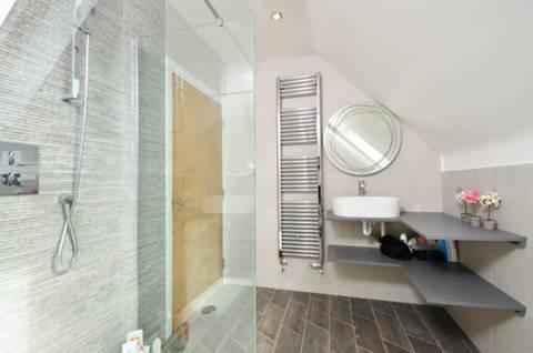 Bathroom in GU21