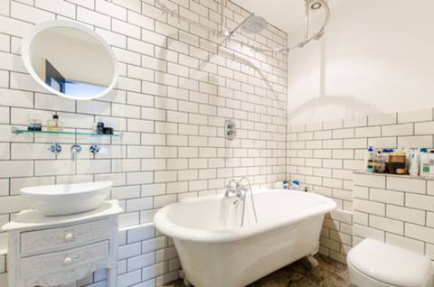 En Suite Bathroom in SW2