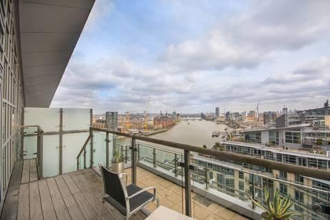 <b>Second Roof Terrace</b><span class='dims'></span>