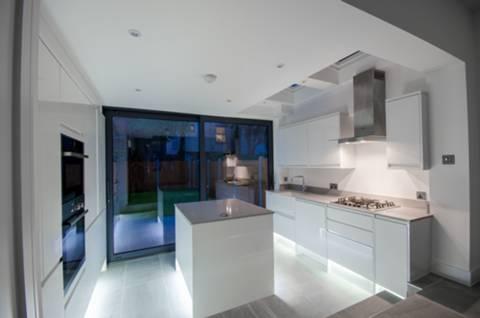 Kitchen in E17
