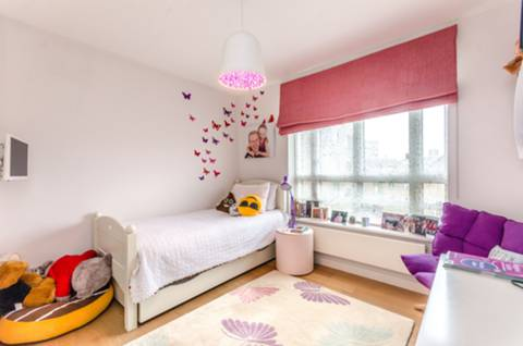 Third Bedroom in E1W
