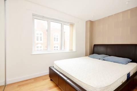 <b>Second Bedroom</b><span class='dims'> 12&#39;11 x 9&#39;4 (3.94 x 2.84m)</span>