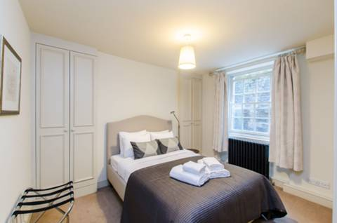 Bedroom in EC1R