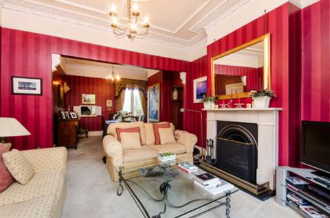 Reception Room in SW19