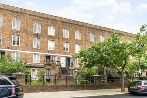 Powis Square, London W11, UK - Source: Foxtons