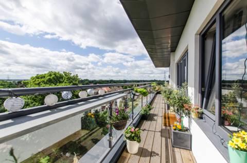 Balcony in CR4