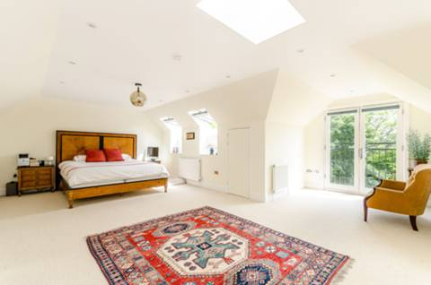 Master Bedroom in BR2