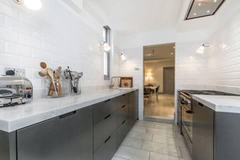 Kitchen in W14