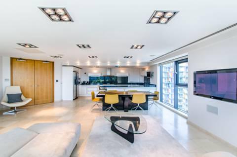 Reception Room in E14