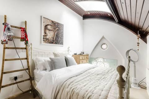 Master Bedroom in SE22