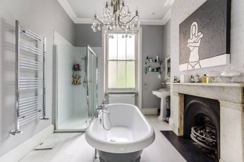 En Suite Bathroom in SW10