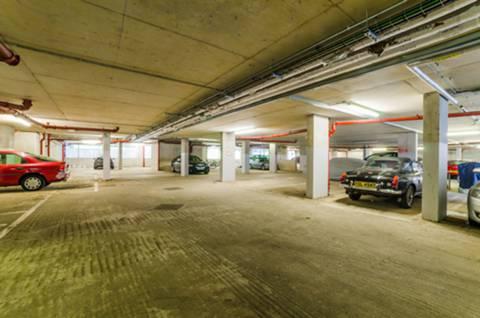 <b>Underground Parking</b><span class='dims'></span>