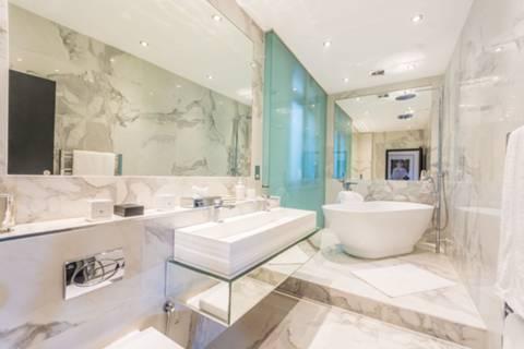 En Suite Bathroom in W1K