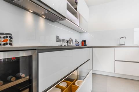 Kitchen in E20