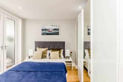 Second Bedroom in SM1
