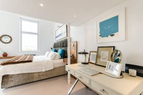 Master Bedroom in SW6