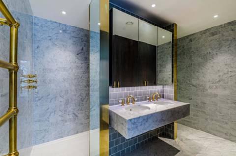 En Suite Shower Room in NW6