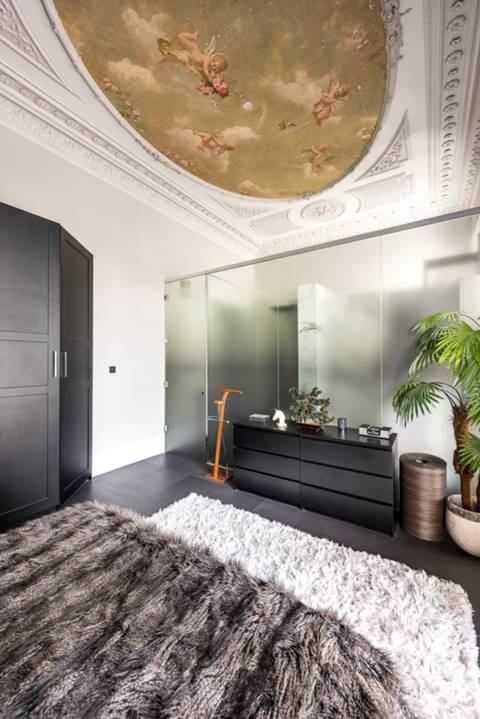 Bedroom in SW7