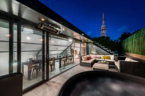 Terrace in E1