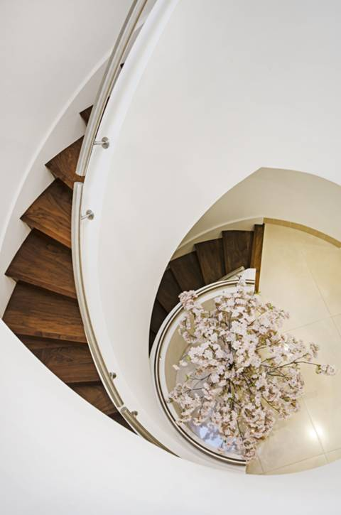Entrance Hall in NW11