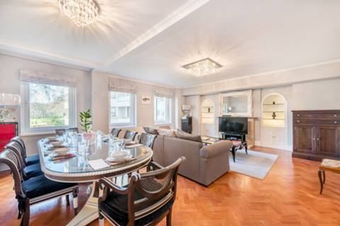 Reception Room in SW1A