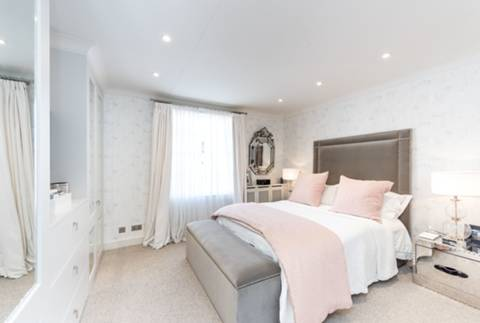 Master Bedroom in SW1W
