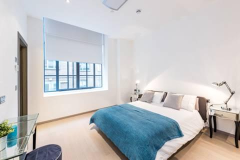 <b>Second Bedroom</b><span class='dims'> 12&#39;8 x 9&#39;2 (3.86 x 2.79m)</span>