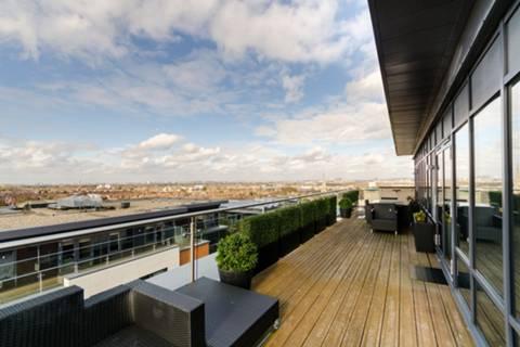 Terrace in SW15