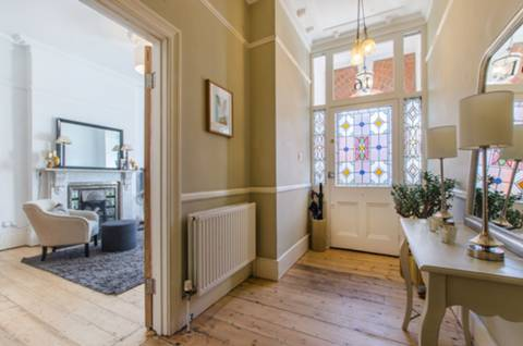 Entrance Hall in SE24