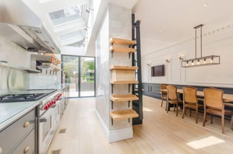 Kitchen in SM2