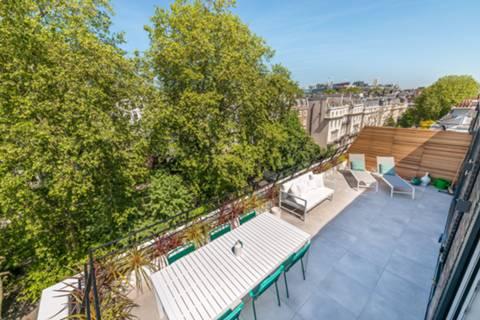 Terrace in W2