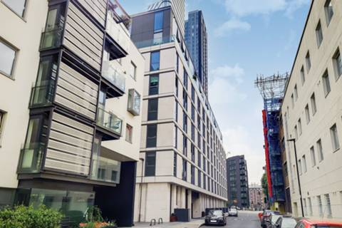 City Rd, London EC1V, UK - Source: Foxtons