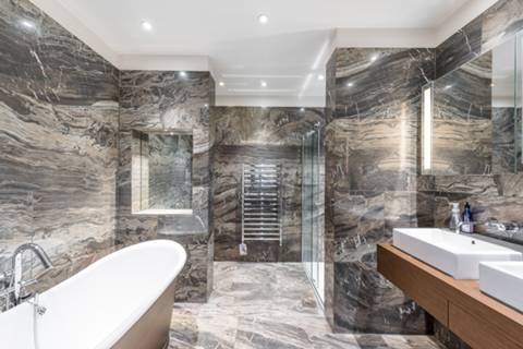 En Suite Bathroom in SW6
