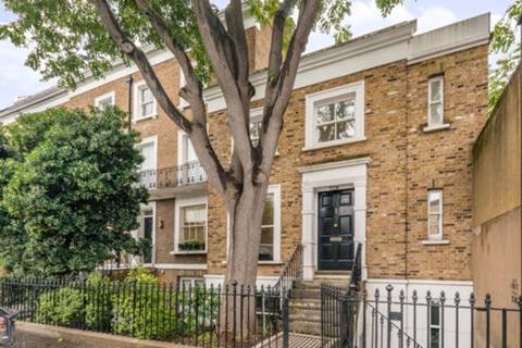 Kensington Park Rd, London W11, UK - Source: Foxtons