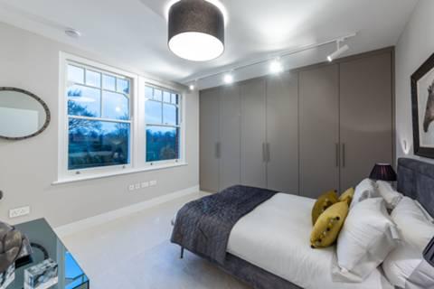 Master Bedroom in SW4