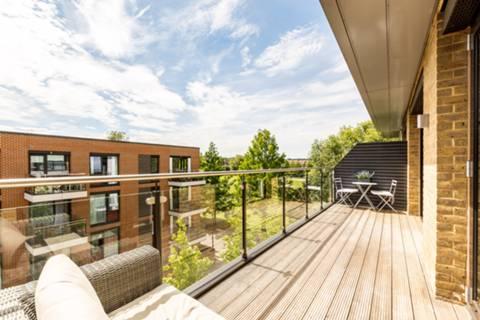 Balcony in SW18
