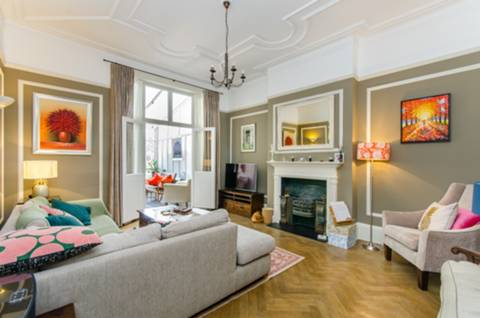 Reception Room in NW2