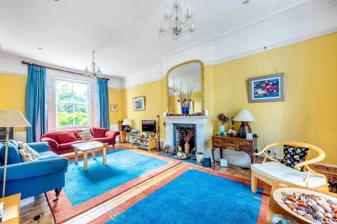 Reception Room in SW8