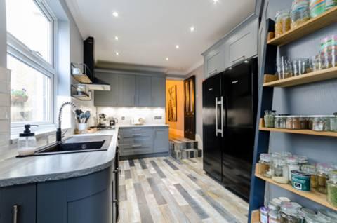Kitchen in SM5