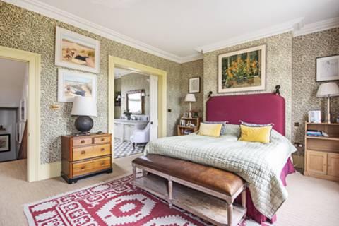 Main Bedroom in E5