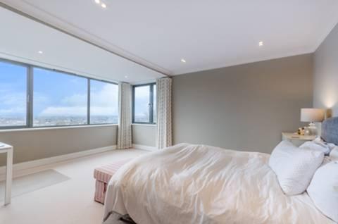 Main Bedroom in SE19