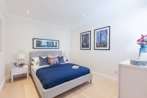 Bedroom in SE6
