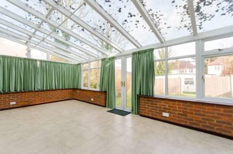 <b>Conservatory</b><span class='dims'></span>
