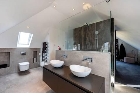 En Suite Shower Room in KT3